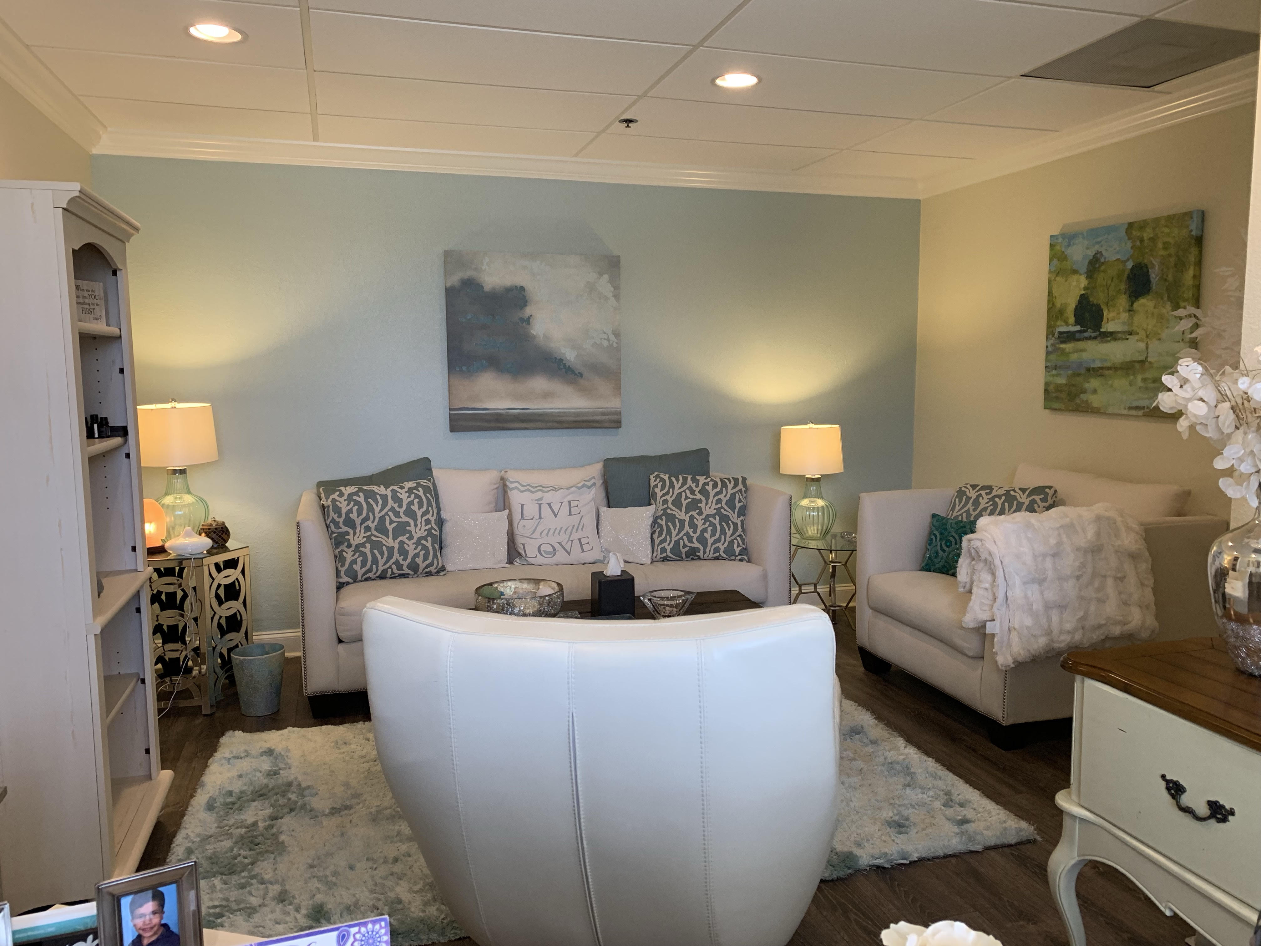 I May Be the Right Therapist For You If - Heart Connection Center